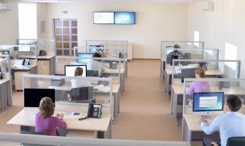 Петербургский фонд ОМС борется с очередями в поликлиниках с помощью видеокамер