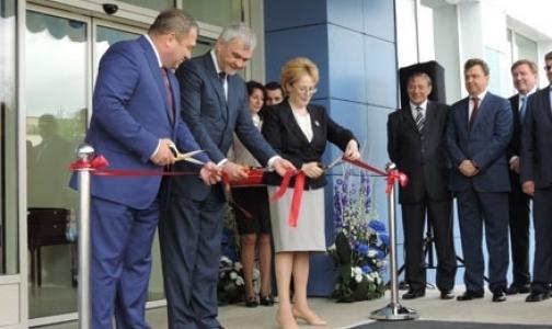 Скворцова открыла завод по производству вакцин от гриппа в Петербурге