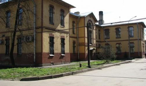 Клиника педиатрического университета не принимает петербуржцев и собирается закрываться