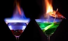 Петербургские врачи призывают горожан не пить «огненные» коктейли