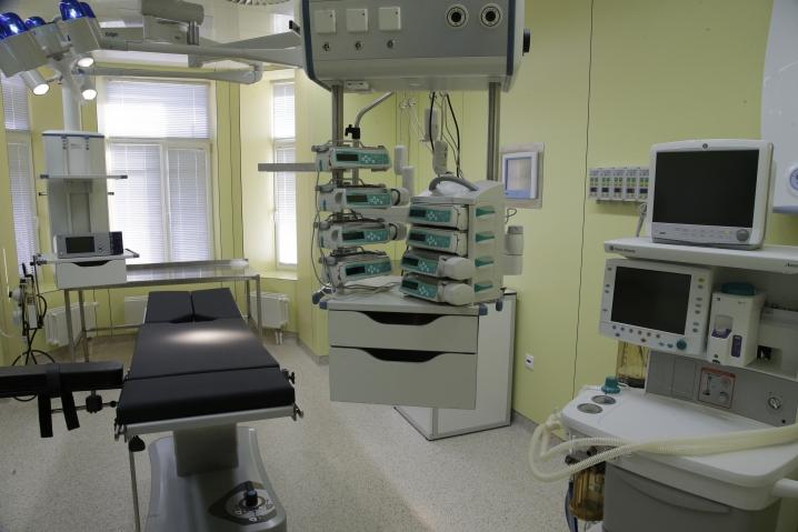 Георгий Полтавченко считает, что в институте им. Турнера детей лечат лучше, чем в Америке