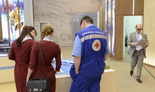 Волонтерам в больницах упростят поступление в медицинский вуз