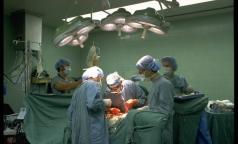 В Китае врачи наказаны за селфи с пациентом в операционной