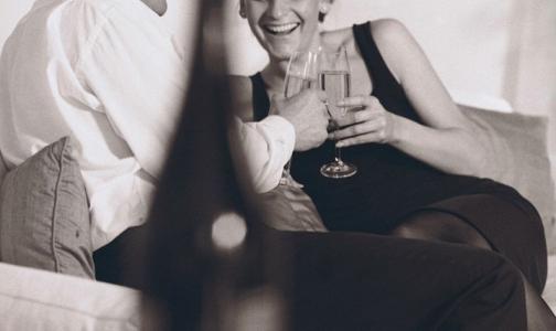 Петербуржцы поступали в больницу Боткина из-за некачественного алкоголя и холодного шампанского
