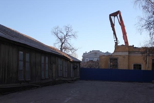 В Петербурге сносят историческое здание - корпус Обуховской больницы