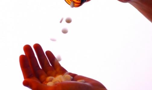 Главу Минздрава попросили «прорекламировать» дешевые отечественные лекарства