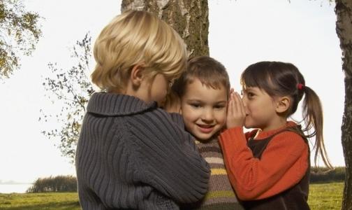 Прокуратура требует от Фонда соцстраха оплатить ребенку возможность слышать