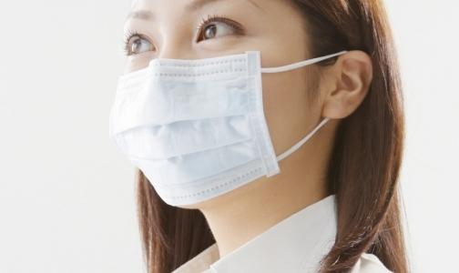 Петербуржцам раздадут бесплатные маски для защиты от гриппа