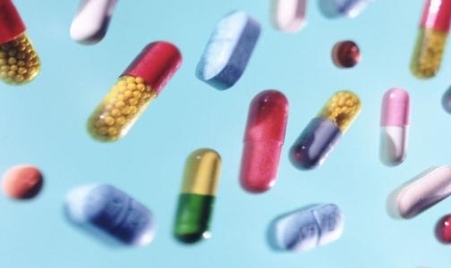 Импорт лекарств в Россию в январе снизился почти на 50%