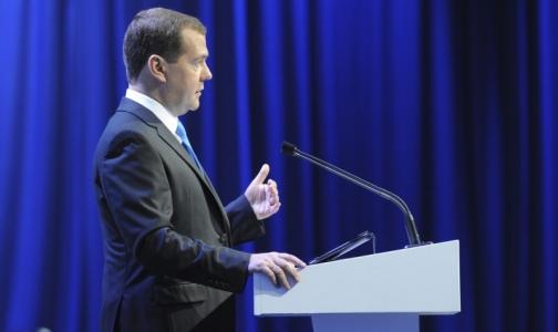 Медведев: Цены на лекарства в 2015 году вырастут на 20%