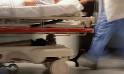 Заболеваемость гриппом снижается, число госпитализированных петербуржцев растет
