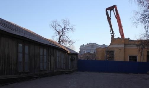 Незаконный снос корпуса Обуховской больницы оценили в 20 тысяч рублей