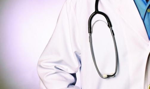 247 петербургских медиков за год подверглись риску заражения ВИЧ