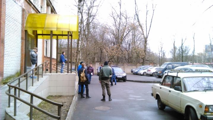 Петербургские водители штурмуют психиатрические и наркологические диспансеры