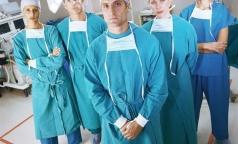 На медицинском рынке труда больше всего вакансий неврологов, хирургов и фельдшеров