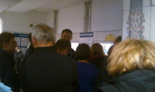 Петербургский депутат просит УФАС и комздрав навести порядок с выдачей справок водителям