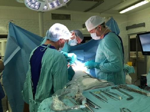 В НИИ онкологии пациентке трансплантировали выращенный в ее теле «протез»