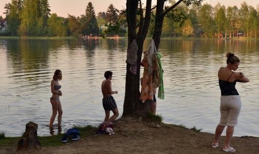 Роспотребнадзор Ленобласти рассказал, где можно купаться