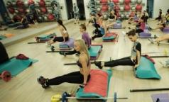 Сколько часов в неделю врачи советуют заниматься спортом