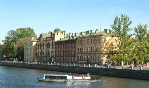 Петербургский ОНФ: В медцентре Пирогова пьют «Вдову Клико» за счет бюджета