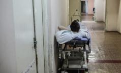 В петербургских больницах сокращают койки и закрывают отделения
