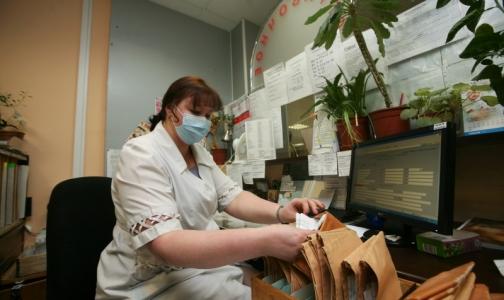 Для регистратур поликлиник создадут стандарты, чтобы они стали «вежливыми»