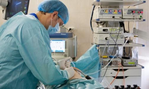 В каких больницах и поликлиниках Петербурга врачи получают самые высокие зарплаты