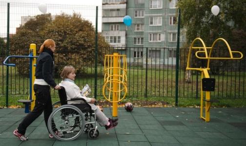 Минтруд выяснит, почему в 2015 году детям снимали инвалидность