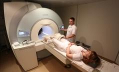 Частные клиники будут делать петербуржцам бесплатное МРТ в городских больницах