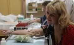 Кадровых доноров крови в Петербурге становится все меньше