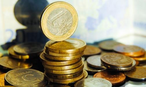 Главврачи петербургских поликлиник и диспансеров показали доходы за 2015 год