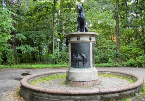 В Первом меде установили памятник академику Павлову