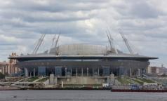 Строительство больниц и поликлиник принесут в жертву стадиону на Крестовском