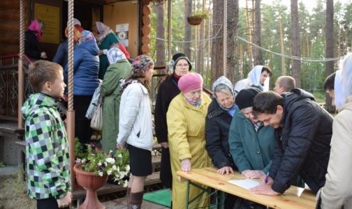В храмах собирают подписи за запрет бесплатных абортов