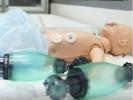 Для врачей открыли учебную 5D-клинику со спецэффектами и пациентами-андроидами: Фоторепортаж