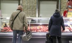 Роспотребнадзор сообщил, сколько мяса в день нужно съедать офисным работникам