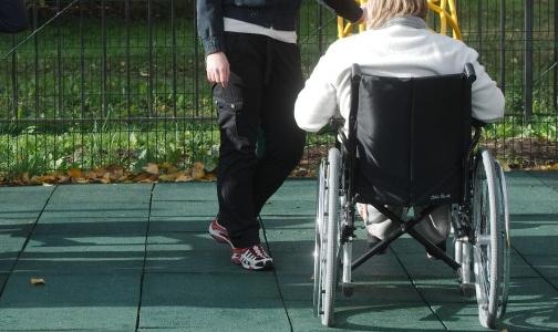 Балтийская таможня задерживает поставку детских инвалидных кресел