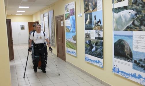 Россиянин впервые отправится работать в офис в экзоскелете
