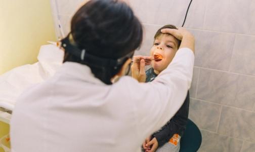 Врачи СПбГПМУ «научили» дышать 5-летнего ребенка с заращением гортани