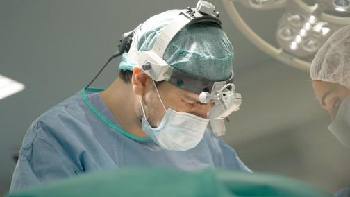 Какие технологии считаются самыми безопасными в пластической хирургии