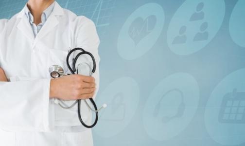 Жители крупных городов США ждут приема семейного врача месяц