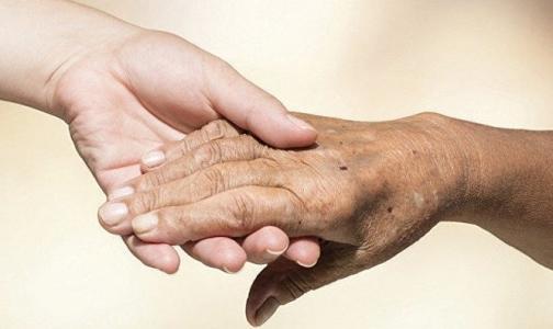 Петербуржцев с болезнью Паркинсона лечат танго
