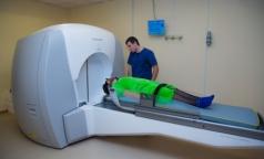 Ленобласть сохранит квоты жителям на лечение рака с помощью гамма-  и кибер-ножа
