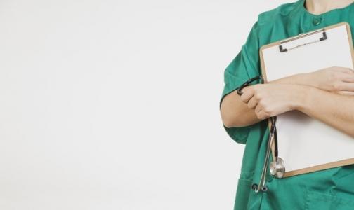 В 2016 году более 200 медиков заболели «от работы»