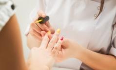 Роспотребнадзор: Как не заразиться гепатитом в салоне маникюра