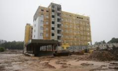 Строители перинатального центра в Гатчине отстают от графика на 2 месяца