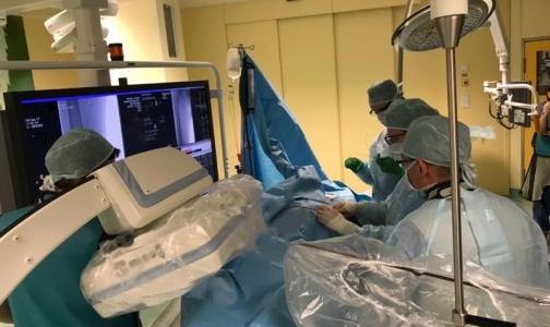 В Центре Алмазова пациенту с опухолью почки сделали нестандартную операцию