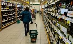 Минздрав предложил не продавать алкоголь нетрезвым покупателям