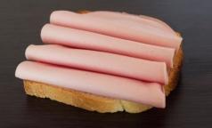 Эксперт рассказал, насколько опасен для здоровья нитрит натрия в колбасе