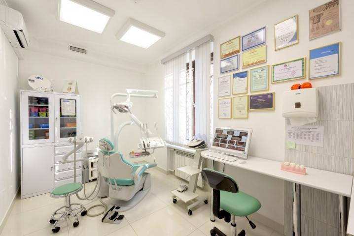 Центр стоматологии и косметологии «Палкинъ»*****